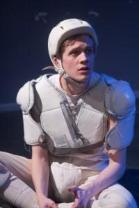 Metropolia-teatteri 2011: Tyynymies.